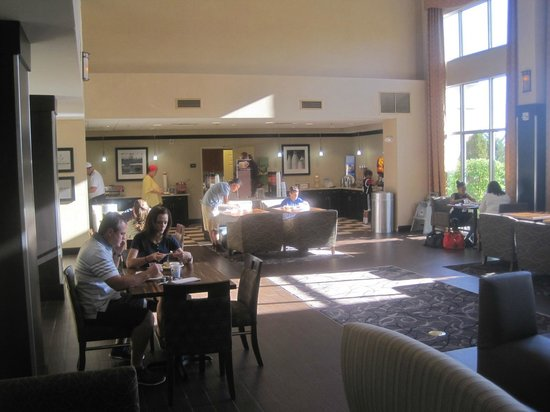 Hampton Inn & Suites Reno: Breakfast room, Hampton Inn, Reno, Nevada