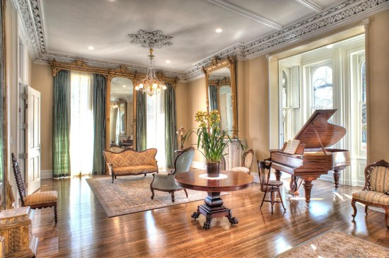 The James Lee House Grand Parlor