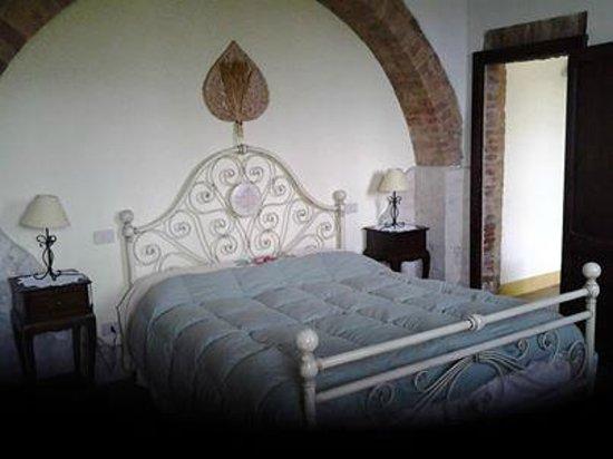 San Giovanni d'Asso, Italy: Camera matrimoniale appartamento 2 persone