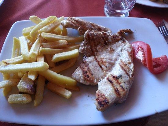 El Meson de Espaderos: Pollo cuando se había solicitado Cui. Patatas congeladas