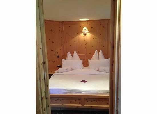 Alpin Garden Wellness Resort - Adults Only: Bedroom in Suite
