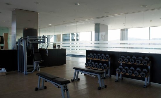 AC Hotel Barcelona Forum by Marriott : Salle de fitness