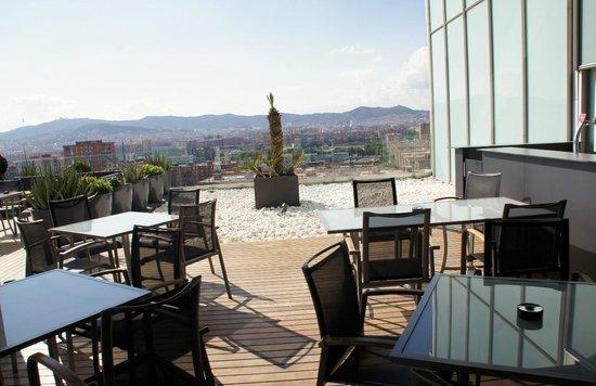 AC Hotel Barcelona Forum by Marriott: Vue de la piscine