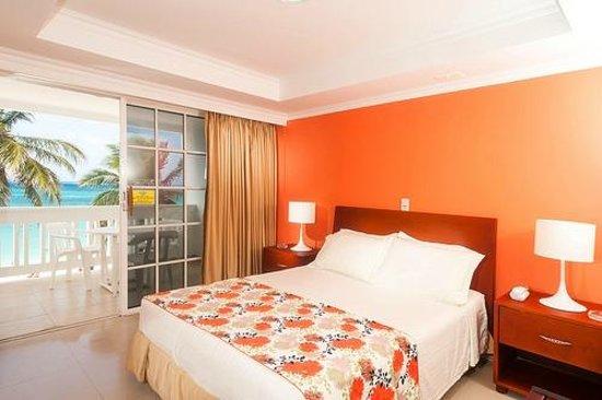 Hotel Bahia Sardina: Nuestras Habitaciones con vista al mar