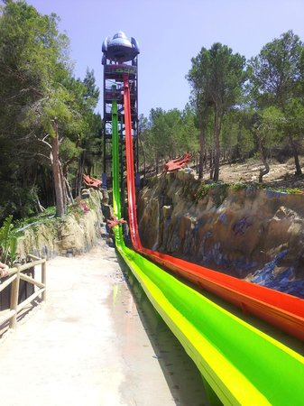 HOTEL PALM BEACH: Water Park