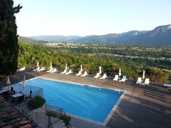 Renaissance Tuscany Il Ciocco Resort & Spa: piscina