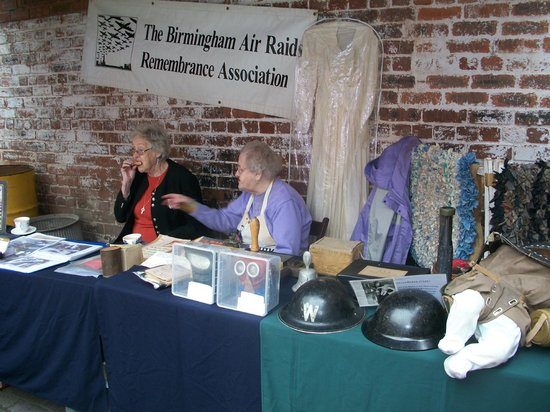 Birmingham Back to Backs: More volunteers with war time artifacts