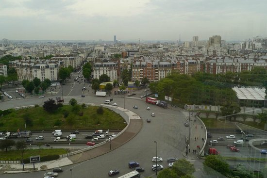 Ibis Paris Porte De Montreuil: View from outside lift on 13th floor.