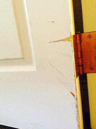 Hilton Akron / Fairlawn : Marred doors