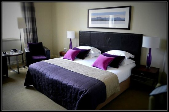 The Balmoral Hotel: Room 356.  Very spacious.  Great view.