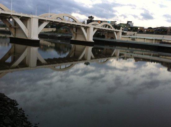 Brisbane City Council: graceful curves of the 1920s William Jolly bridge