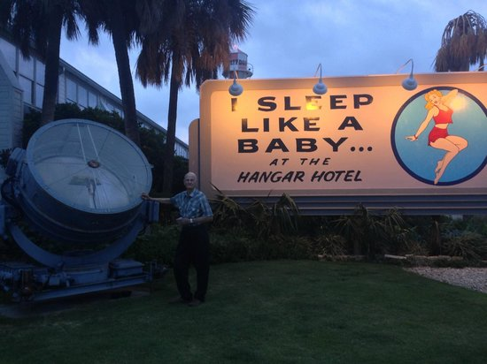 Hangar Hotel: World War II spotlight and vintage sign