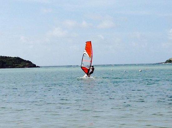 Le Sereno Hotel: windsurfing at Le Sereno