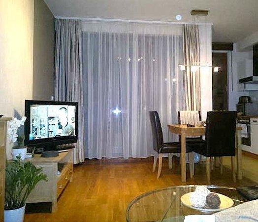 7Seasons Apartments Budapest: Salón - comedor
