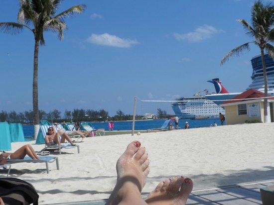 British Colonial Hilton Nassau: vista desde la playa del hotel