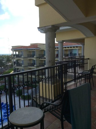 Hotel Marina El Cid Spa & Beach Resort: Huge balcony of ocean front room
