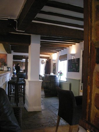 The Red Lion: Freshly Decorated Bar Area