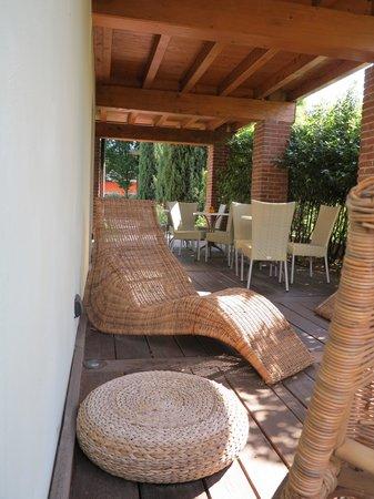 Hotel Della Torre 1850: area relax esterna