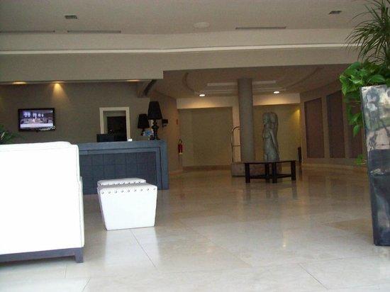 Grand Hotel Villa Itria: Hall