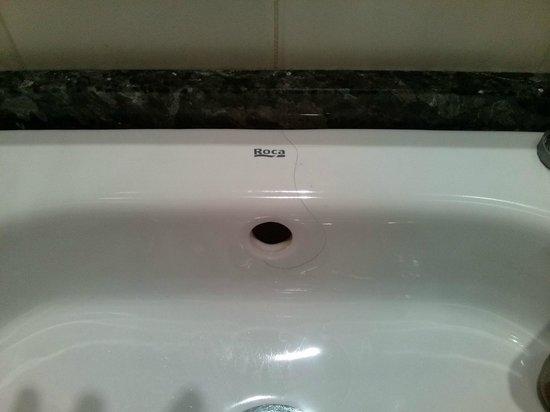 Hotel Alameda Malaga: capelli in bagno