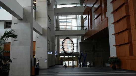 Walter E. Washington Convention Center : artwork on the lobby level