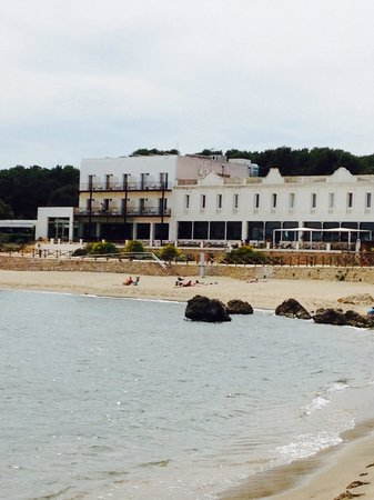 Hostal Spa Empuries: From the beach