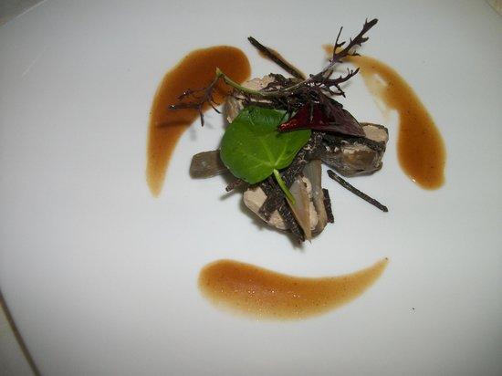 Hostellerie Clau del Loup : artichaut farcis au foie gras buisson de truffes