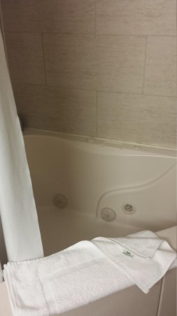 Holiday Inn Hotel & Suites Ocean City : jacuzzi