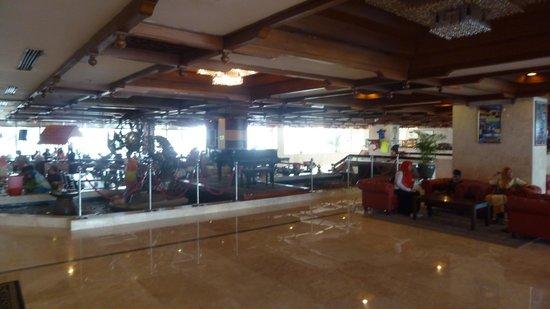 Primula Beach Resort Kuala Terengganu: la hall dell'Albergo