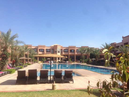 Zalagh Kasbah Hotel and Spa : piscine