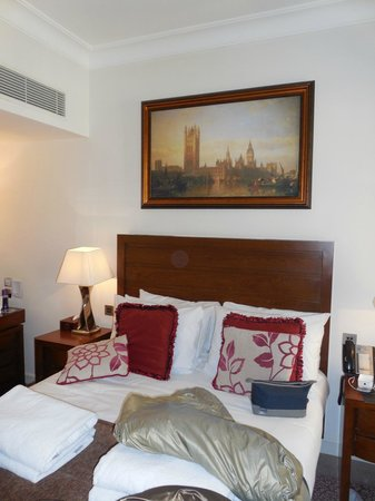 The Royal Horseguards: Quarto com cama King size