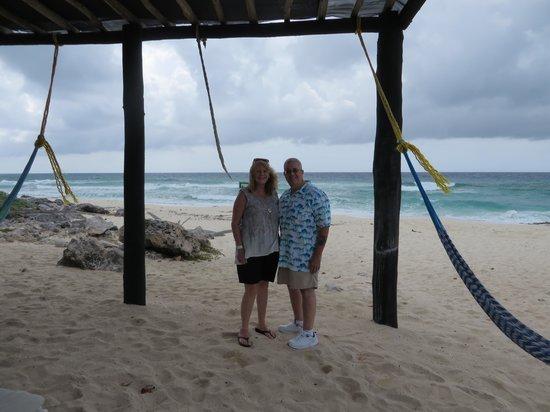 Punta Sur Eco Beach Park : Relax by the beach