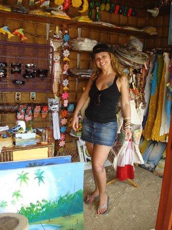 Orixas Art Hotel : Comércio local