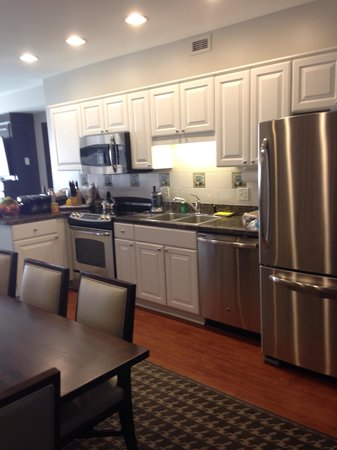 Marriott's Fairway Villas: Kitchen with everything you can possibly need!