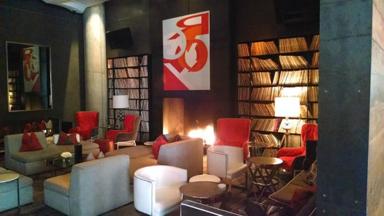 W Austin: Lounge area with shelves of vinyl albums