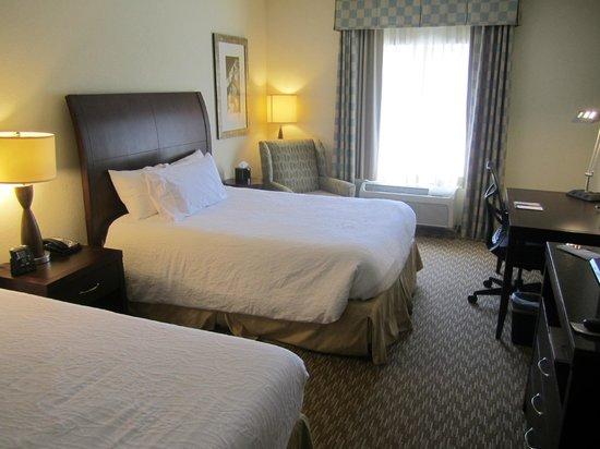 Hilton Garden Inn Winston Salem : Hotel Room