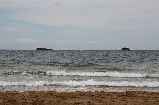 Invisa Hotel Club Cala Verde : Lovely clean beach