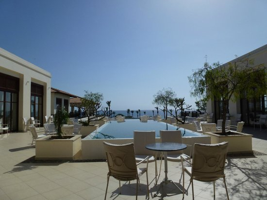 Grecotel Kos Imperial Hotel: view from the lobby