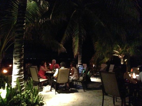 Buccanos at Night: Seaside dining
