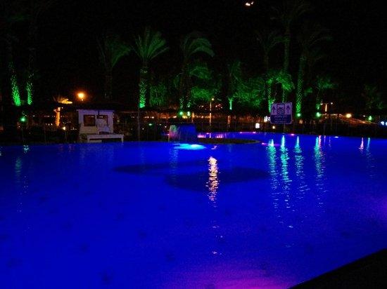 U Coral Beach Club Eilat : Piscina