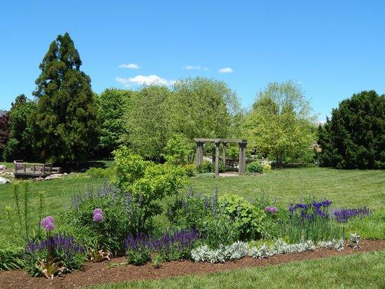 Hahn Horticulture Garden At Virginia Tech: Hidden Gem!