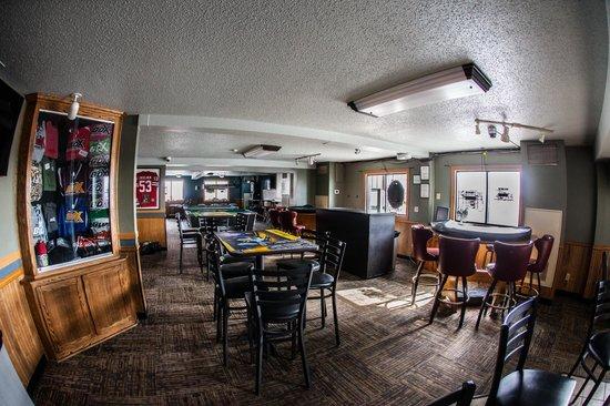Fargo Inn & Suites: The Box - Onsite Bar and Casino
