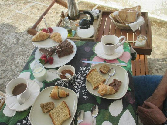 B&B Volver Lecce : extremely nice, varied breakfasts
