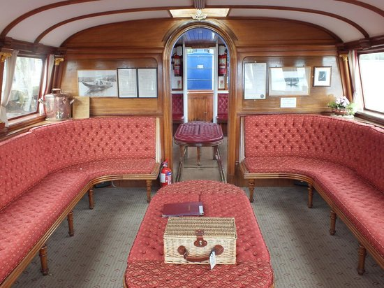 Steam Yacht Gondola: Interior of the cabin, complete with luxury picnic basket
