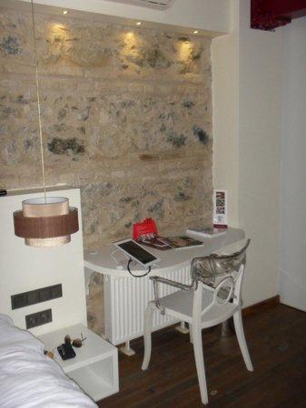 Nuru Ziya Suites : Chambre