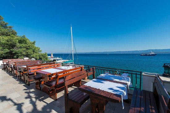 Restaurant Santo: the view to the sea