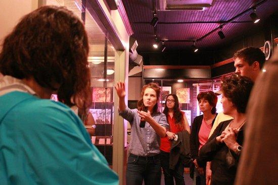 Sun Studio: The awesome tour guide Lana.