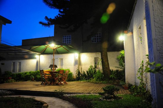 Hotel Alcazar de Patio Bonito: Hotel & Grounds