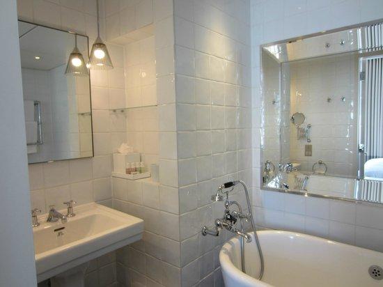 Great Northern Hotel, A Tribute Portfolio Hotel: Bathroom