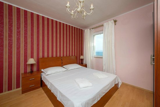 Apartments Santo: sleeping room